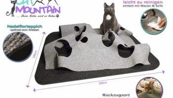 CatMountain – 2 in 1 – Katzenspielzeug und Kratzmatte in einem